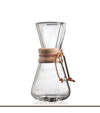 Cafetera clásica para tres tazas